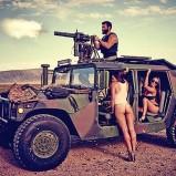 sexy humvee minigun