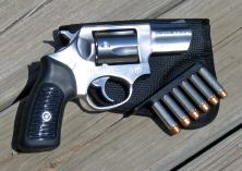 Ruger SP-101 with Bianchi Speed Loader and Desantis Nemesis