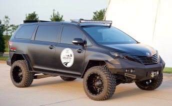 Toyota Sienna 4WD Off Road
