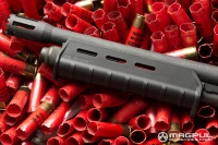 mossberg 590 magpul moe forend