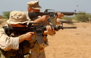 marines-m16-m4-iron-sights